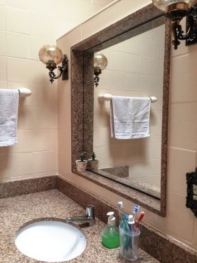 Bancada e azulejos renovados
